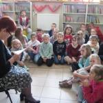 Lekcja biblioteczna w Oddziale dla Dzieci (1)
