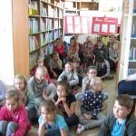 Lekcja biblioteczna w Oddziale dla Dzieci (2)