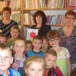 Przedszkolaki w bibliotece w Gnojnicy (4)